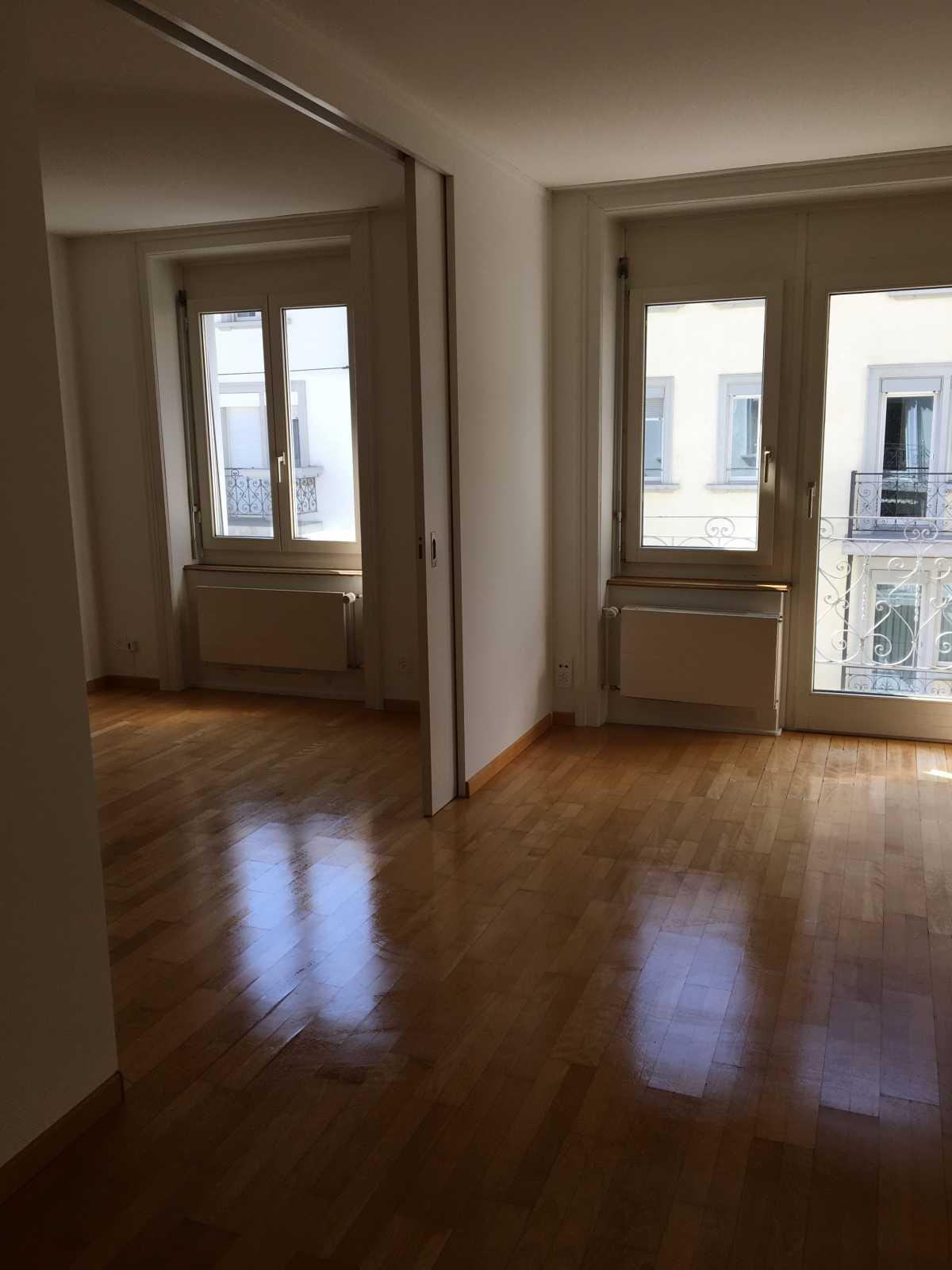 wohnung zu vermieten im kreis 8. Black Bedroom Furniture Sets. Home Design Ideas